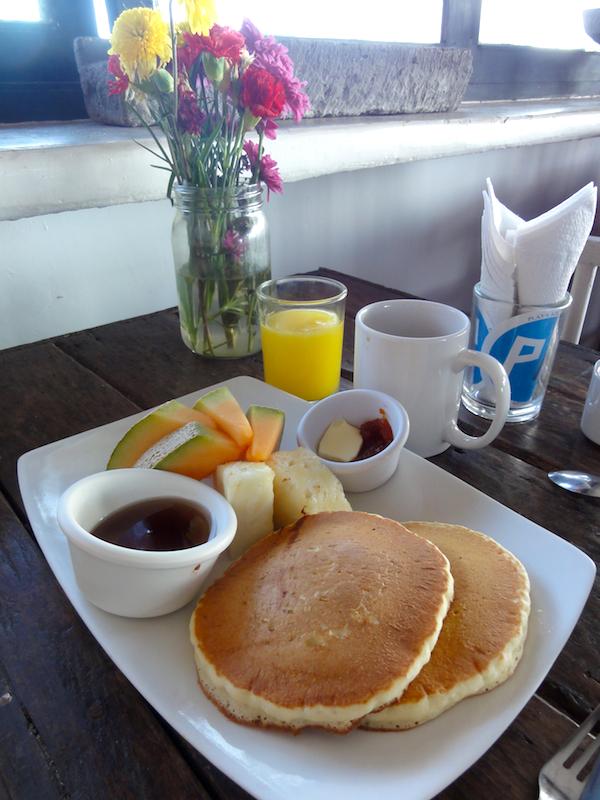 tulum_breakfast_