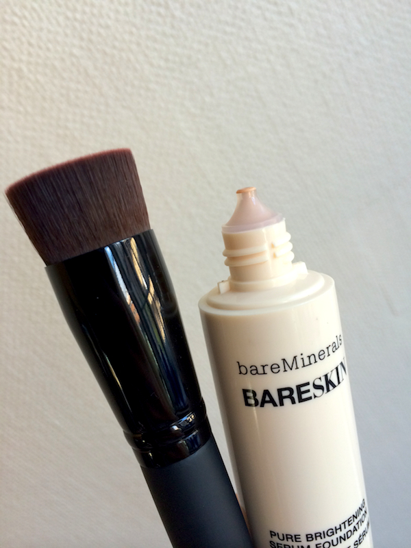 bareMinerals borste och foundation