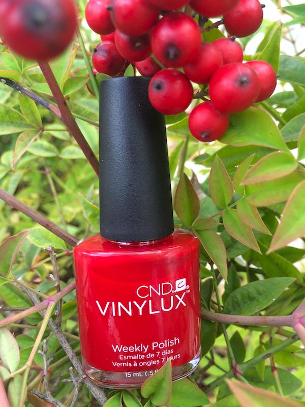 Snyggt rött nagellack från CND VInylux