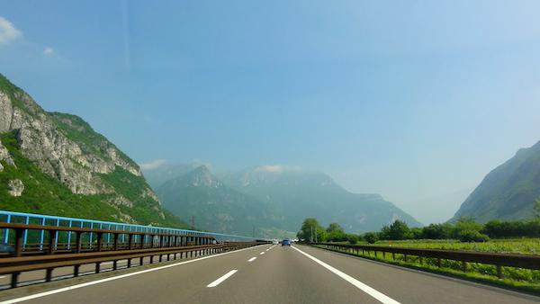 italy road