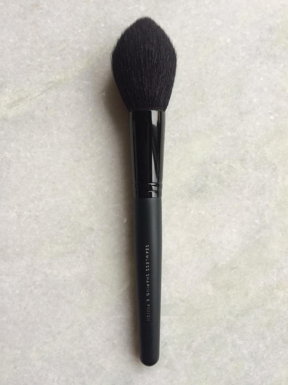 bareminerals Seamless Shaping Brush|skonhetssnack.se