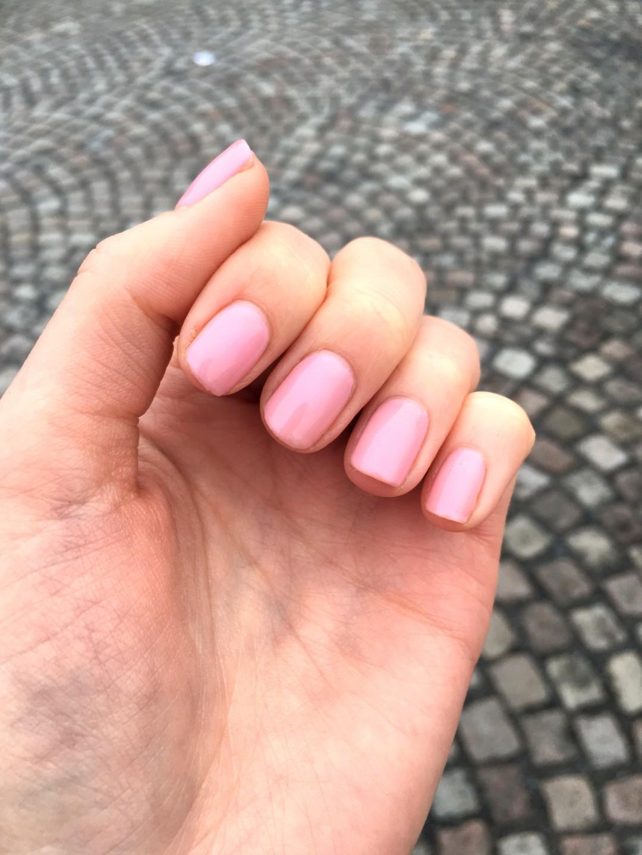 naglar shellac blush teddy| skonhetssnack.se