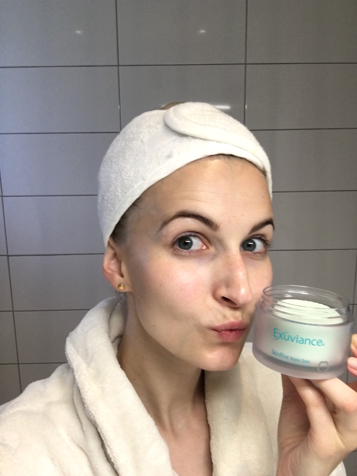 Exuviance Skin Rise Bionic Tonic Pads skönhetssnack.se IMG_6984