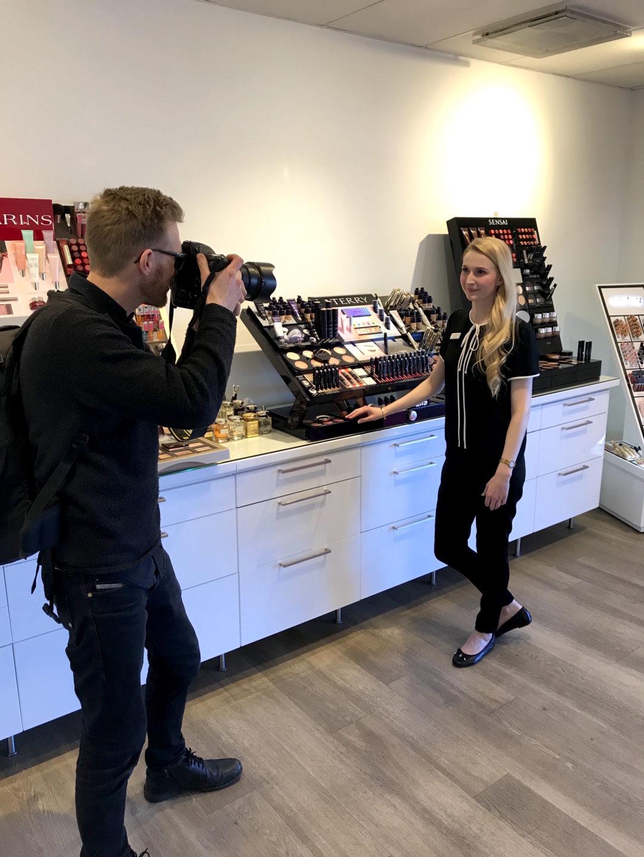 Jönköpings Posten fotar Andrea Olofsson på hudoteket.se