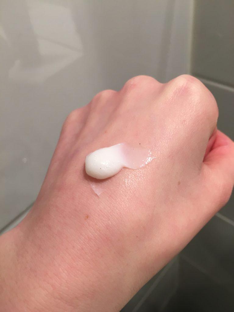 skin regimen cleansing cream dot on hand, skonhetssnack.seIMG_0915skin regimen cleansing cream dot on hand, skonhetssnack.seIMG_0915