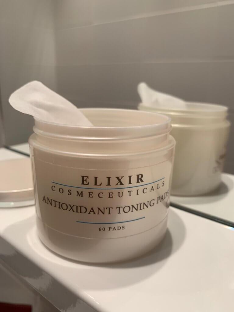 Elixir_cosmeceuticals_antioxidant_toning_padsElixir_cosmeceuticals_IMG_3471